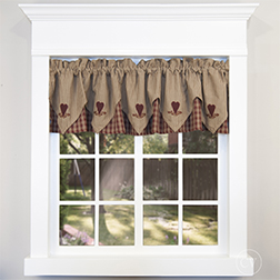 Sturbridge Heart Valance in white window